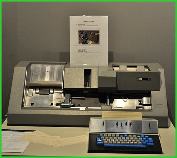 IBM 029 Card Punch Data Recorder Keypunch Machine